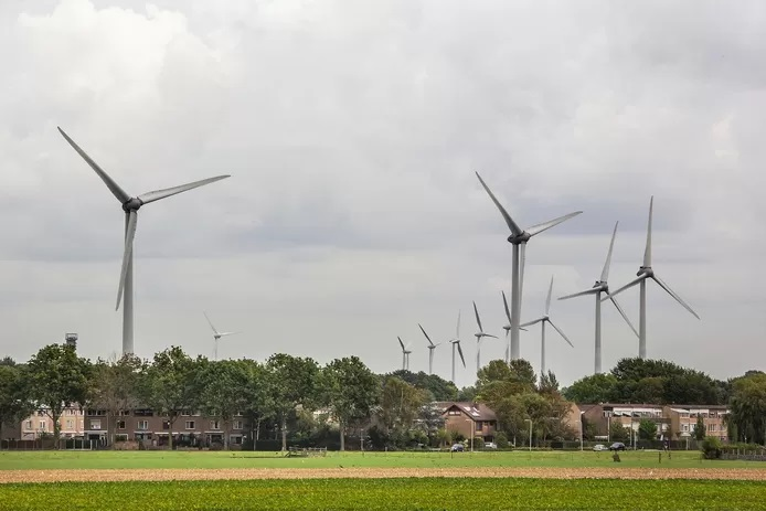 Nederland kraakt: geluidsoverlast windturbines blijkt onverdraaglijk tot op 3 km. afstand